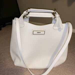 White handbag never used